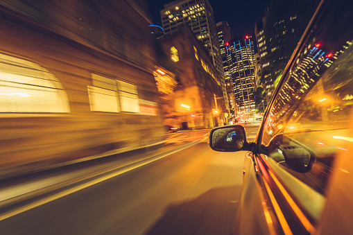 Side-View Mirror「car driving at night in downtown sydney」:スマホ壁紙(11)