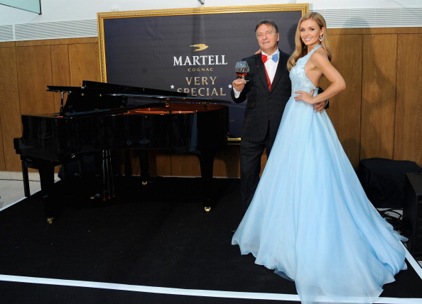 Event「Katherine Jenkins And Raymond Blanc Host A Martell Very Special Nights Event」:写真・画像(13)[壁紙.com]