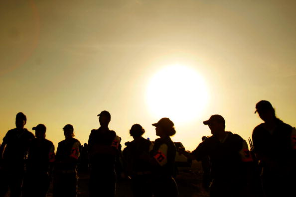 Silhouette「Gaza Pullout Opponents Join Mass Rally In Israel」:写真・画像(12)[壁紙.com]