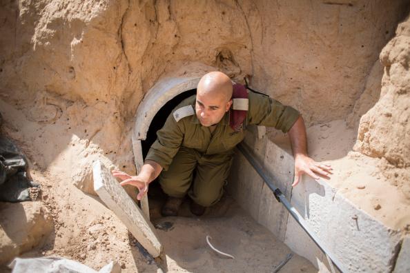 Gaza Strip「Tensions Remain High At Israeli Gaza Border」:写真・画像(15)[壁紙.com]