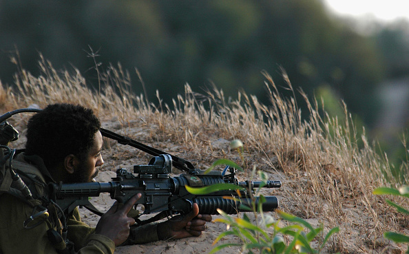 Focus On Foreground「Israel Continues Disengagement Preparation Desite Opposition Abroad」:写真・画像(15)[壁紙.com]