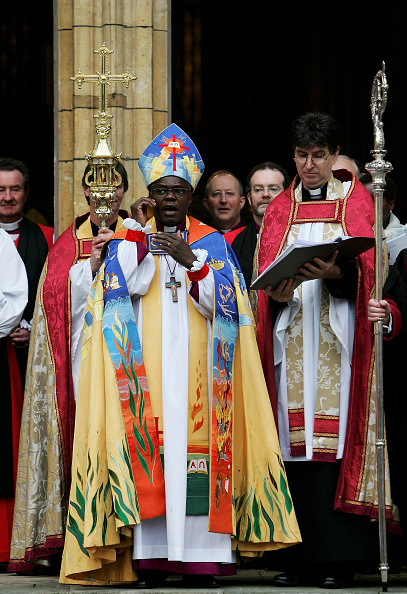 Mitre「John Sentamu Enthroned As Archbishop Of York」:写真・画像(17)[壁紙.com]