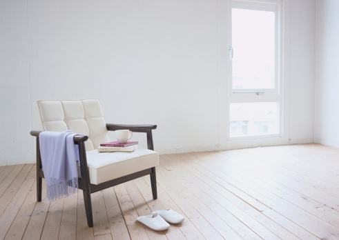 Shawl「Armchair and slippers」:スマホ壁紙(1)