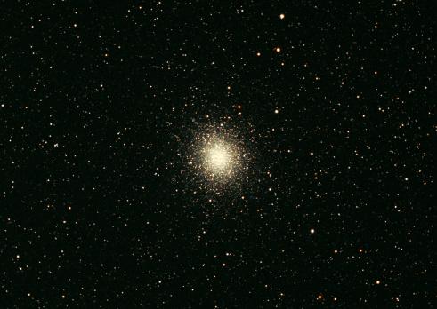 星空「Omega Star Cluster」:スマホ壁紙(2)