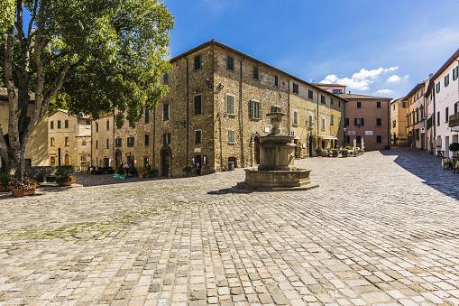 Italian Culture「Piazza (square) Dante Alighieri」:スマホ壁紙(1)