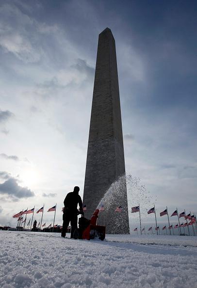 Washington Park「Another Major Winter Snowstorm Strikes U.S. East Coast」:写真・画像(15)[壁紙.com]