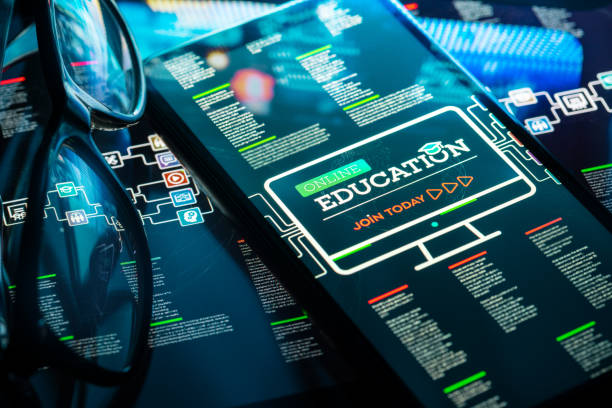 Online Education on Smart Phone:スマホ壁紙(壁紙.com)