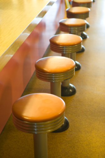 Stool「Row of Stools at Bar Counter」:スマホ壁紙(8)
