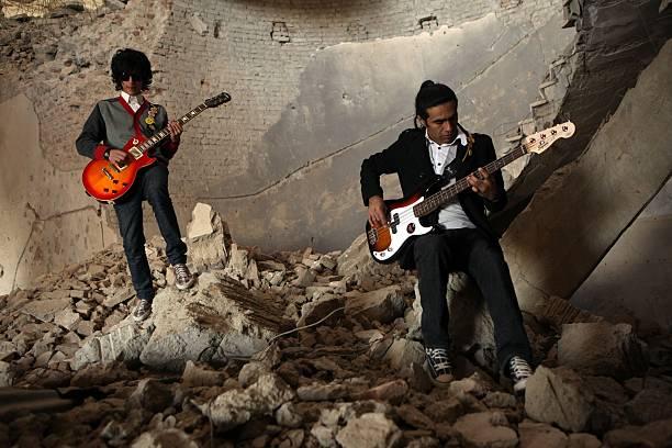 Rock Band Emerges In Post-Taliban Kabul:ニュース(壁紙.com)