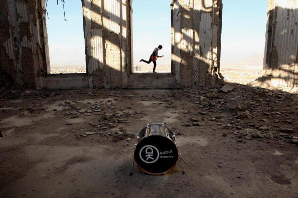 Kabul「Rock Band Emerges In Post-Taliban Kabul」:写真・画像(2)[壁紙.com]