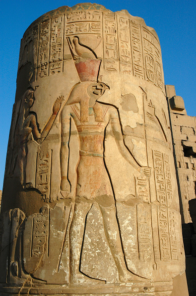 Creativity「Relief Depicting Horus The Falcon-Headed God On A Column Of The Northern Temple Of Kom Ombo.The Sout Artist: Werner Forman.」:写真・画像(13)[壁紙.com]