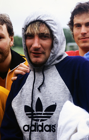 Sports Clothing「Stylish Stewart」:写真・画像(8)[壁紙.com]