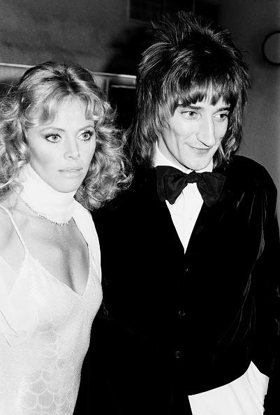 Britt Ekland「Rod Stewart At Tommy Premiere」:写真・画像(18)[壁紙.com]