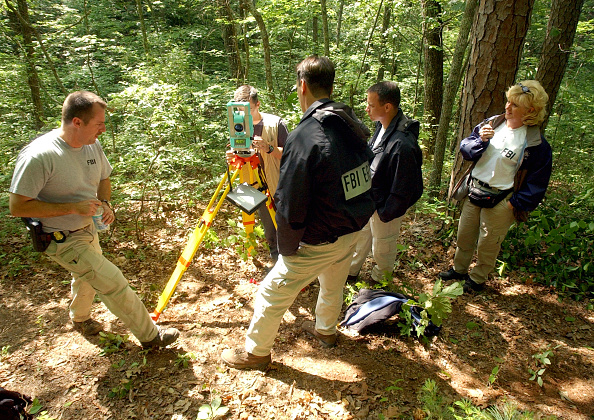 Southern USA「FBI Searches For Rudolph Evidence In Woods」:写真・画像(15)[壁紙.com]