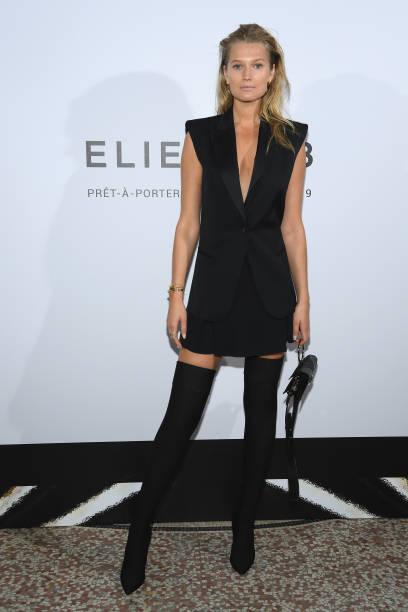 Elie Saab : Front Row - Paris Fashion Week Womenswear Spring/Summer 2019:ニュース(壁紙.com)