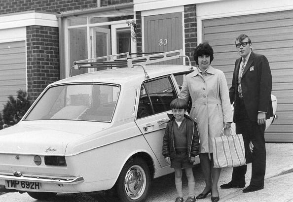 Suburb「Family Car」:写真・画像(16)[壁紙.com]