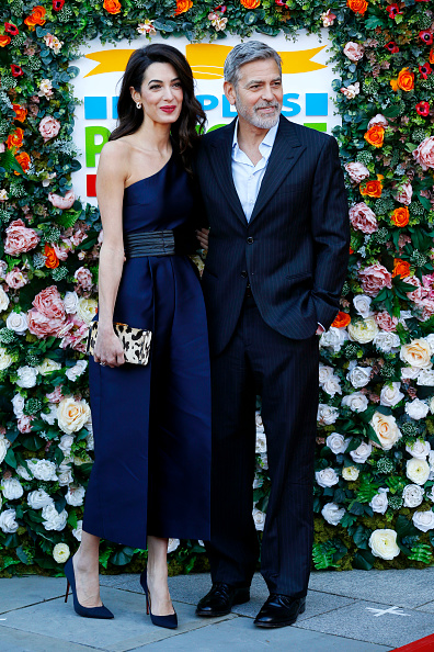 Amal Clooney「George And Amal Clooney in Edinburgh To Receive Charity Award」:写真・画像(17)[壁紙.com]