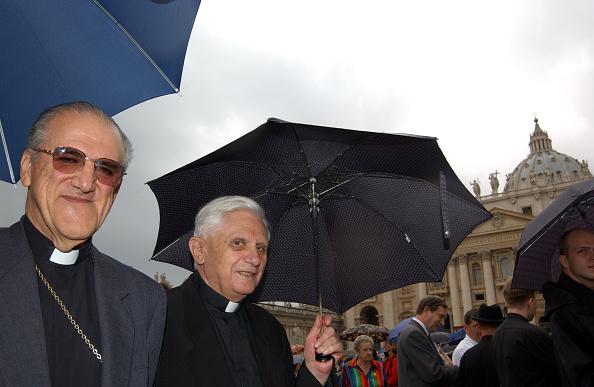 Franco Origlia「Pope John Paul II Names 31 New Cardinals」:写真・画像(2)[壁紙.com]