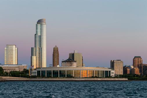 Great Lakes「USA, Illinois, Chicago, Skyline, Shedd Aquarium and Lake Michigan」:スマホ壁紙(5)