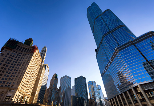 Low Angle View「USA, Illinois, Chicago, view to Trump Tower from below」:スマホ壁紙(5)