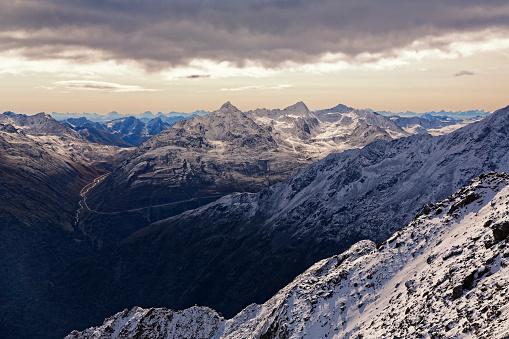 北チロル「Austria, Tyrol, Oetztal, Soelden, view from Gaislachkogel to Oetztal Alps」:スマホ壁紙(15)