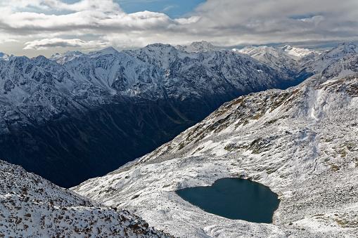 北チロル「Austria, Tyrol, Oetztal, Soelden, view from Gaislachkogel to Lake Gaislach」:スマホ壁紙(16)