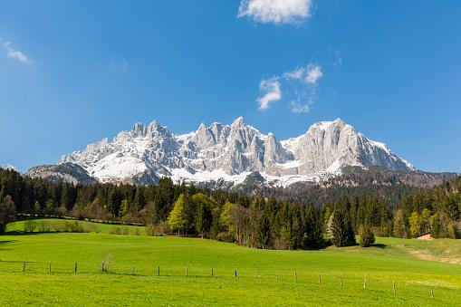 Wilder Kaiser「Austria, Tyrol, Going am Wilden Kaiser, Wilder Kaiser, Kaiser Mountains」:スマホ壁紙(18)