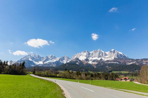 Wilder Kaiser「Austria, Tyrol, Going am Wilden Kaiser, Wilder Kaiser, Kaiser Mountains」:スマホ壁紙(17)