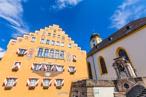 St Vitus's Cathedral「Austria, Tyrol, Kufstein, Townhall and Parish Church St. Vitus」:スマホ壁紙(7)