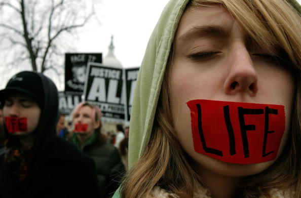 Support「Pro- And Anti-Abortion Groups Rally On Roe V. Wade Anniversary」:写真・画像(13)[壁紙.com]