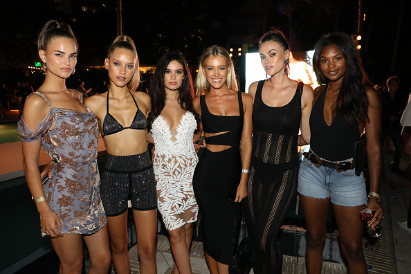 Sports Illustrated Swimsuit Issue「2018 Sports Illustrated Swimsuit at PARAISO During Miami Swim Week, W South Beach - Party」:写真・画像(1)[壁紙.com]