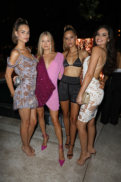 Sports Illustrated Swimsuit Issue「2018 Sports Illustrated Swimsuit at PARAISO During Miami Swim Week, W South Beach - Red Carpet & Front Row」:写真・画像(11)[壁紙.com]