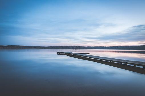 寂しさ「Germany, Saxony-Anhalt, jetty at Lake Bergwitz」:スマホ壁紙(12)