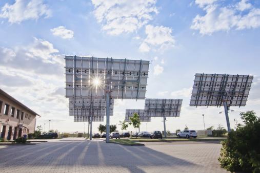 Solar Energy「Germany, Saxony, View of solar panels」:スマホ壁紙(8)