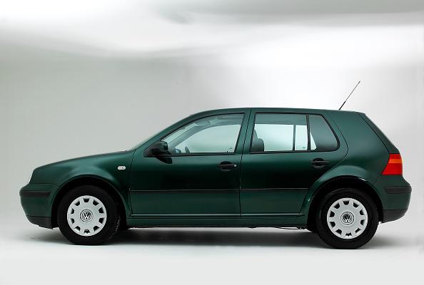 Environmental Conservation「2001 VW Golf 1.6」:写真・画像(1)[壁紙.com]