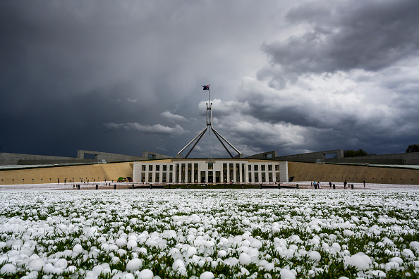 Weather「Storm Across South Eastern Australia Bring Hail In Canberra」:写真・画像(14)[壁紙.com]