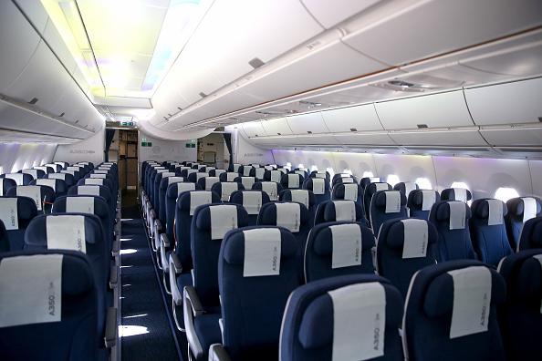 Passenger Cabin「Lufthansa And Airbus Present New A350 Passenger Plane」:写真・画像(12)[壁紙.com]