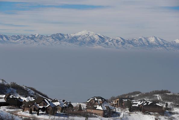 Utah「Salt Lake City Pollution Is Visible During Winter Inversion」:写真・画像(15)[壁紙.com]