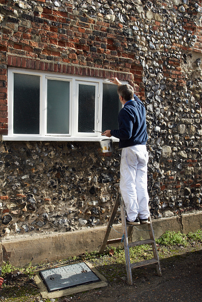 Sunny「Painting a window frame」:写真・画像(12)[壁紙.com]