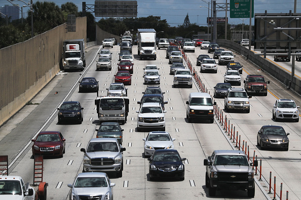 Traffic「Record Travel Expected For Memorial Day Weekend」:写真・画像(18)[壁紙.com]