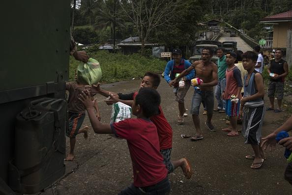 クライミング「Philippines Extends Martial Law in Mindanao」:写真・画像(17)[壁紙.com]