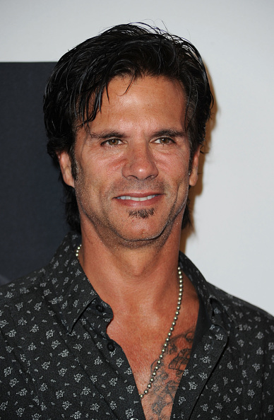 """Lorenzo Lamas「""""Cosmic Harley"""" By Jack Armstrong Unveiling - Arrivals」:写真・画像(1)[壁紙.com]"""