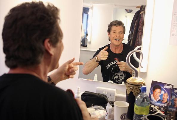 Chris Jackson「T-Mobile & David Hasselhoff Film 'How To' Video」:写真・画像(5)[壁紙.com]
