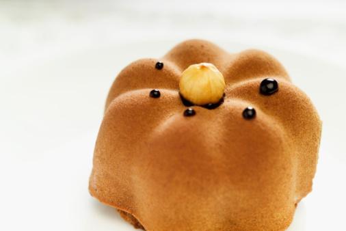Satisfaction「Baked sponge pudding, close-up」:スマホ壁紙(19)