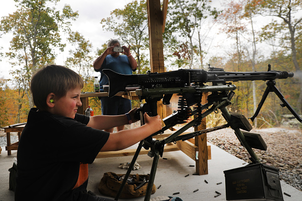 Boys「2nd Amendment Advocates Gather At The Rod Of Iron Freedom Festival」:写真・画像(15)[壁紙.com]