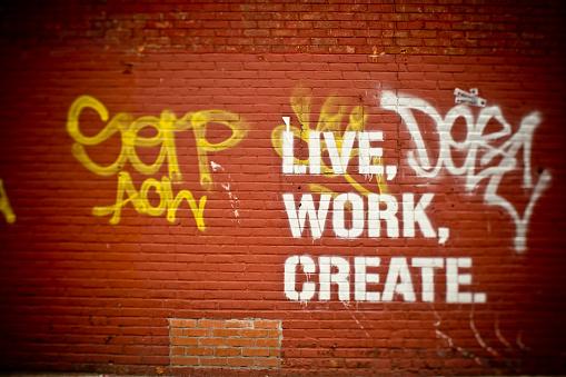 Single Word「live work create」:スマホ壁紙(19)