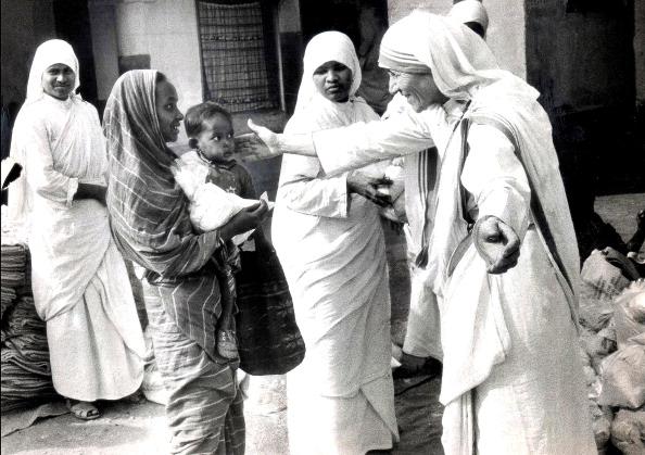 Affectionate「Mother Teresa」:写真・画像(6)[壁紙.com]