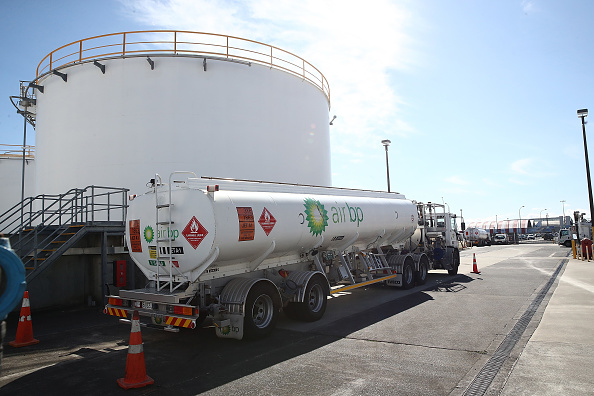 Fossil Fuel「Auckland Fuel Supplies Dwindle Following Pipeline Damage」:写真・画像(15)[壁紙.com]