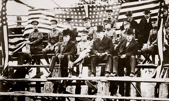 野球「President Warren G Harding At A Baseball Park Fort Benning Georgia USA Early 1920s」:写真・画像(9)[壁紙.com]