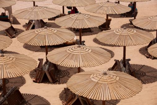 Egypt「Beach Umbrellas」:スマホ壁紙(18)